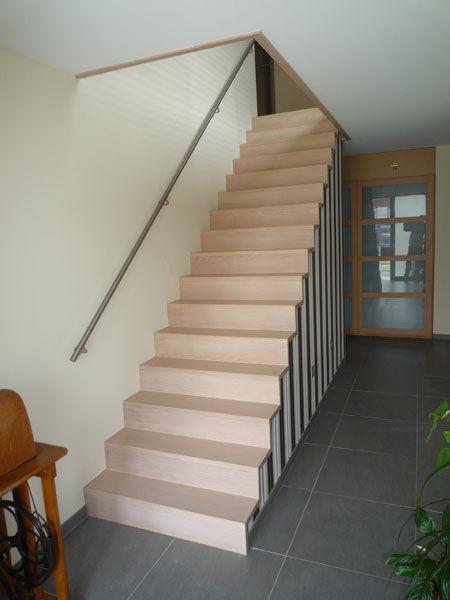 D 39 hooge trappen soorten trappen for Metalen trap maken